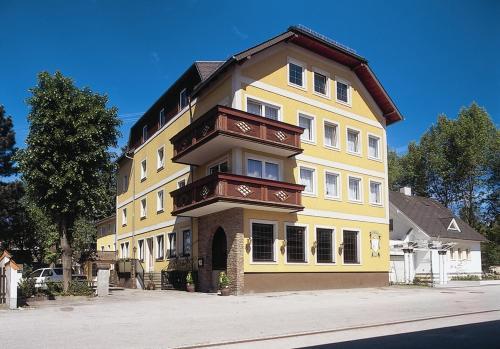 Hotel Pictures: , Vöcklabruck