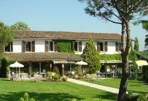 Hotel Pictures: , Montaigut-sur-Save
