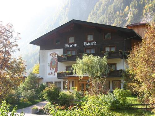 ホテル写真: Pension Bäuerle, ハイリゲンブルート