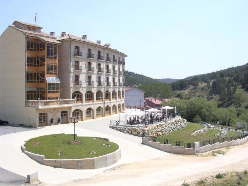 Hotel Pictures: , San Leonardo de Yagüe