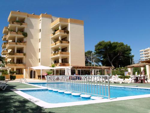 Hotel Pictures: Apartamentos Arlanza - Only Adults, Playa den Bossa