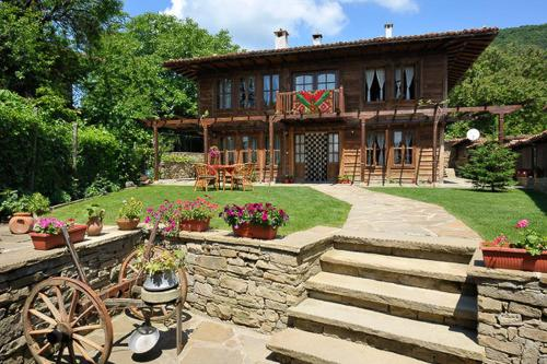 Foto Hotel: Kenara Guest House, Zheravna