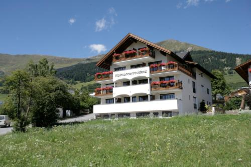Foto Hotel: Apart-Hotel Alpinsonnenresidenz, Fiss