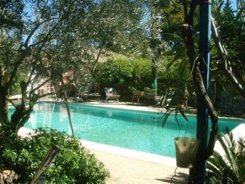 Hotel Pictures: Casa di Nina, Les Angles Gard