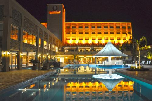 Hotellikuvia: Amérian Hotel Casino Carlos V, Termas de Río Hondo
