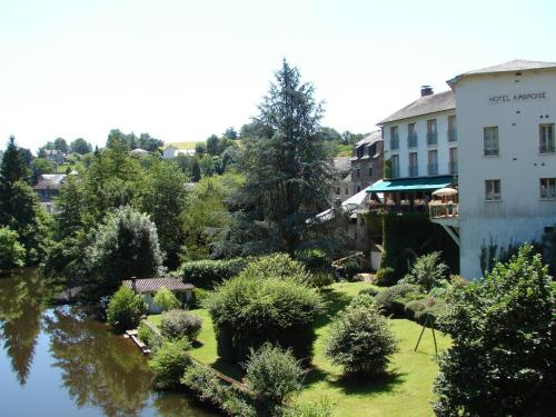 Hotel Pictures: Hôtel Ambroise, Uzerche