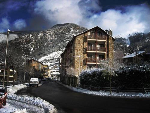 Hotel Pictures: Hotel La Planada, Ordino