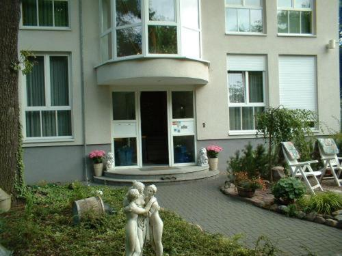 Hotel Pictures: , Glienicke