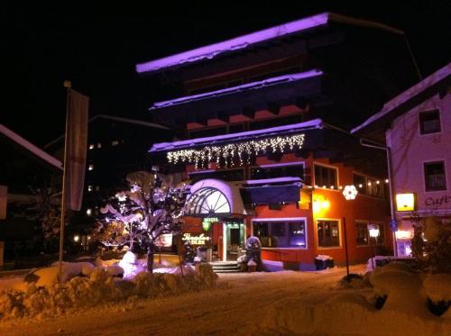 Photos de l'hôtel: Erlebnis Hotel Tiroler Adler, Waidring