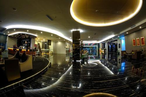 Platinum Balikpapan Hotel & Convention Hall