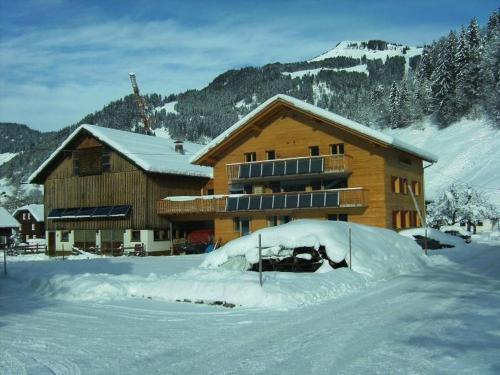 Foto Hotel: Familienbauernhof Kohler, Schoppernau