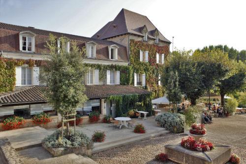 Hotel Pictures: Hostellerie du Passeur, Les Eyzies-de-Tayac