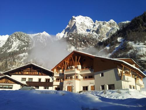 Hotel Pension Alpenhof Brenner