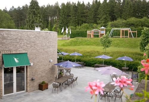 Hotelbilleder: Dennenheuvel - Mont-Des-Pins, Bomal