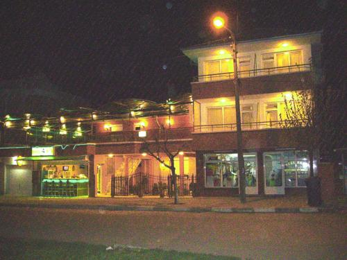 NELLY Guest House