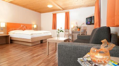 ホテル写真: Hotel Kuchler-Wirt, Treffen