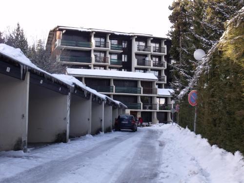 Hotel Pictures: Appartement Val Cristal, Font-Romeu
