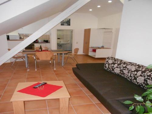 Hotel Pictures: Apartment Schwendemann, Lahr