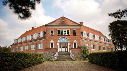 Hotel Pictures: Radstedhus B&B Hotel, Sakskøbing