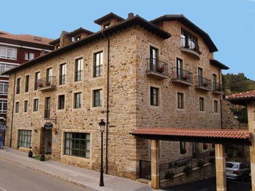 Hotel Pictures: Hotel Villa de Cabrales, Arenas de Cabrales