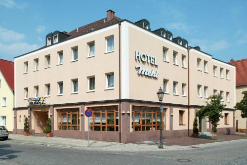 Hotel Pictures: , Neumarkt in der Oberpfalz