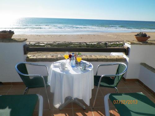 Hostal Restaurante La Ilusion Hotel - room photo 11388513