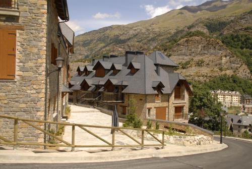 Hotel Pictures: Los Altos de Escarrilla, Escarrilla