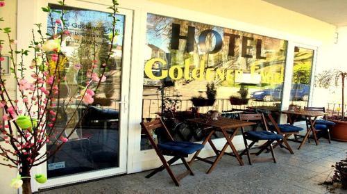 Hotel Pictures: Hotel Goldener Engel, Waldbronn