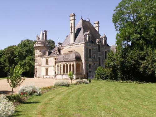 Hotel Pictures: , Saint-Cyr-en-Talmondais