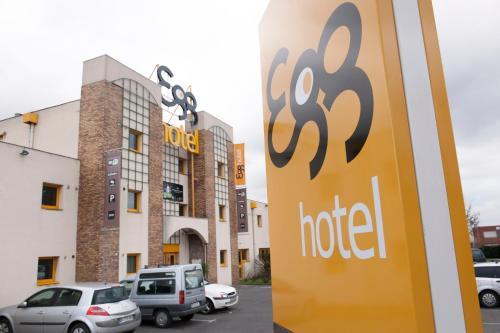 Hotel Pictures: Egg Hotel Goussainville CDG, Goussainville