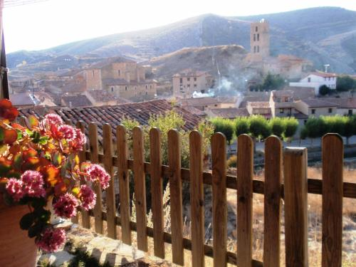 Hotel Pictures: El Patio del Maestrazgo, Villarroya de los Pinares