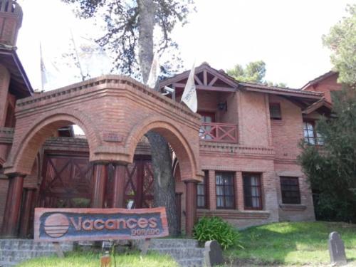 Foto Hotel: Vacances Dorado, Pinamar
