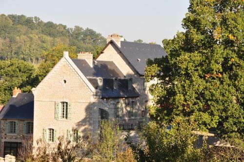 Hotel Pictures: , Saint-Léonard-des-Bois