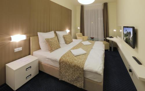 Hotel Pictures: , Mníšek pod Brdy
