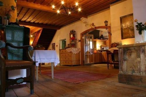 Hotelbilleder: Ansitz Burg Heimfels, Heinfels