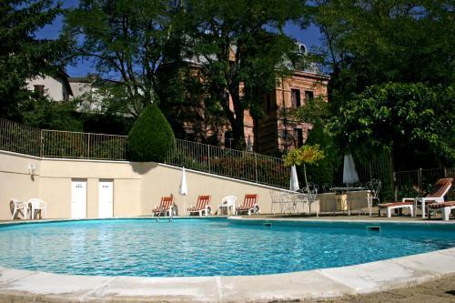 Hotel Pictures: , Saint-Alban-sur-Limagnole