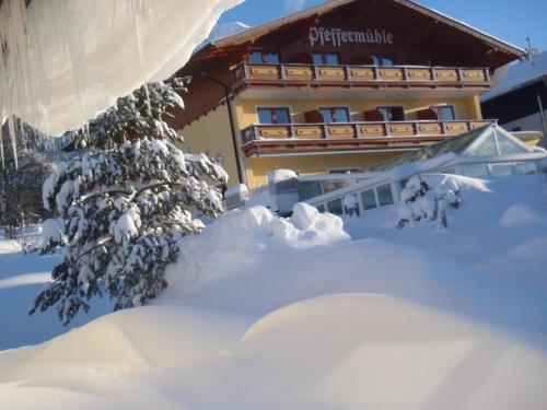 Hotellikuvia: Hotel Pfeffermühle, Ramsau am Dachstein