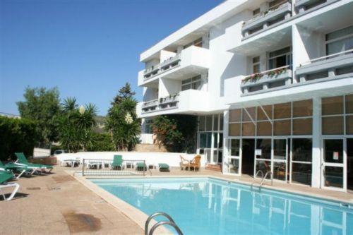 Hotel Pictures: Apartamentos Martha's, Palmanova