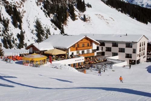 Hotelbilder: Sporthotel Steffisalp, Warth am Arlberg
