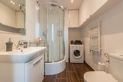 Um banheiro em Apartament Conforte Old Town