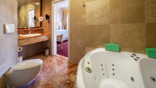 Kobuleti Georgia Palace Hotel & Spa
