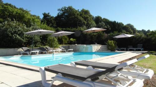 Hotel Pictures: Chambres d'Hôtes Domaine de Compostelle, Casteide-Candau