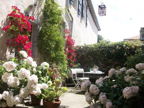 Hotel Pictures: , Sorde-l'Abbaye
