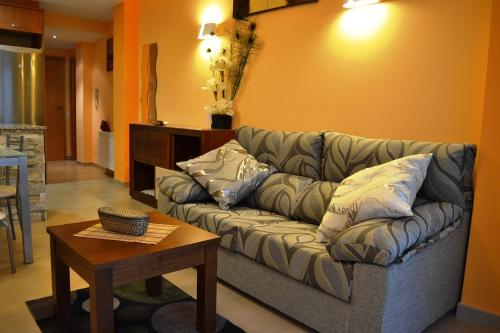Hotel Pictures: , Villanova de la Sal