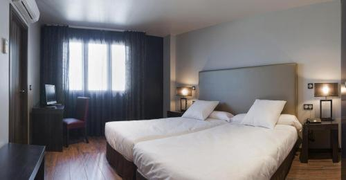 Hotel Pictures: , Onzonilla