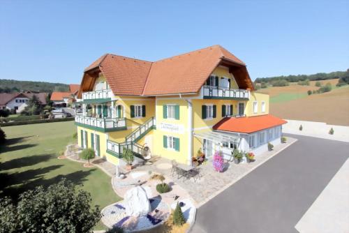 酒店图片: Hotel Garni Thermenglück, Unterlamm