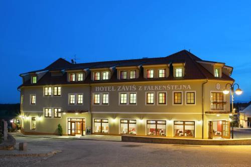 Hotel Pictures: Záviš z Falkenštejna, Hluboká nad Vltavou