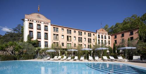 Hotel Pictures: Le Grand Hôtel, Moltig les Bains