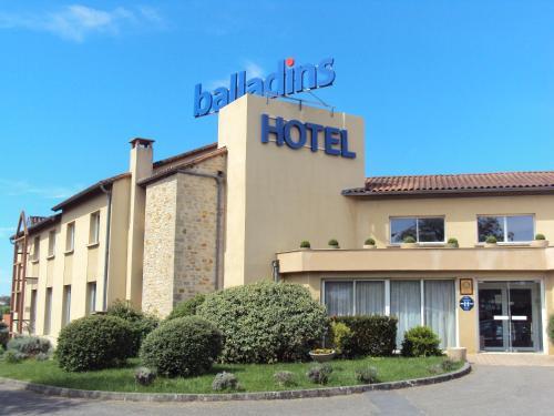 Hotel Pictures: , Villefranche-de-Rouergue