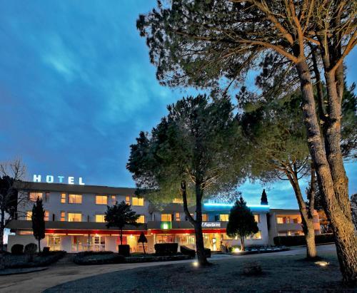 Hotel Pictures: , L'Hospitalet